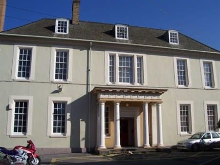 17 Nether Hall